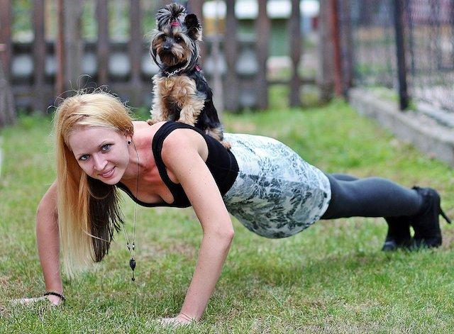 ダーツプレイヤーにおすすめする時短筋トレ5選【効率的に筋肉を増やす方法も紹介】